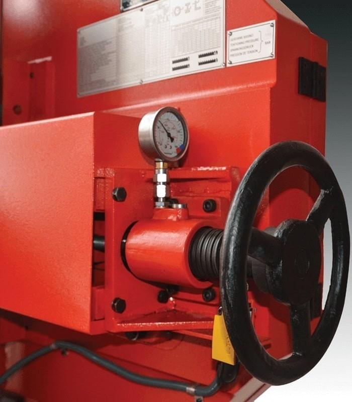 دستگاه اره نواری نیمه اتوماتیک دو ستونه UZAY UMSY 540
