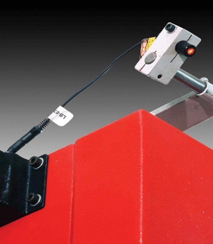 دستگاه اره نواری عمود بر برش فلز UZAY UZBLOK 500×500×3500